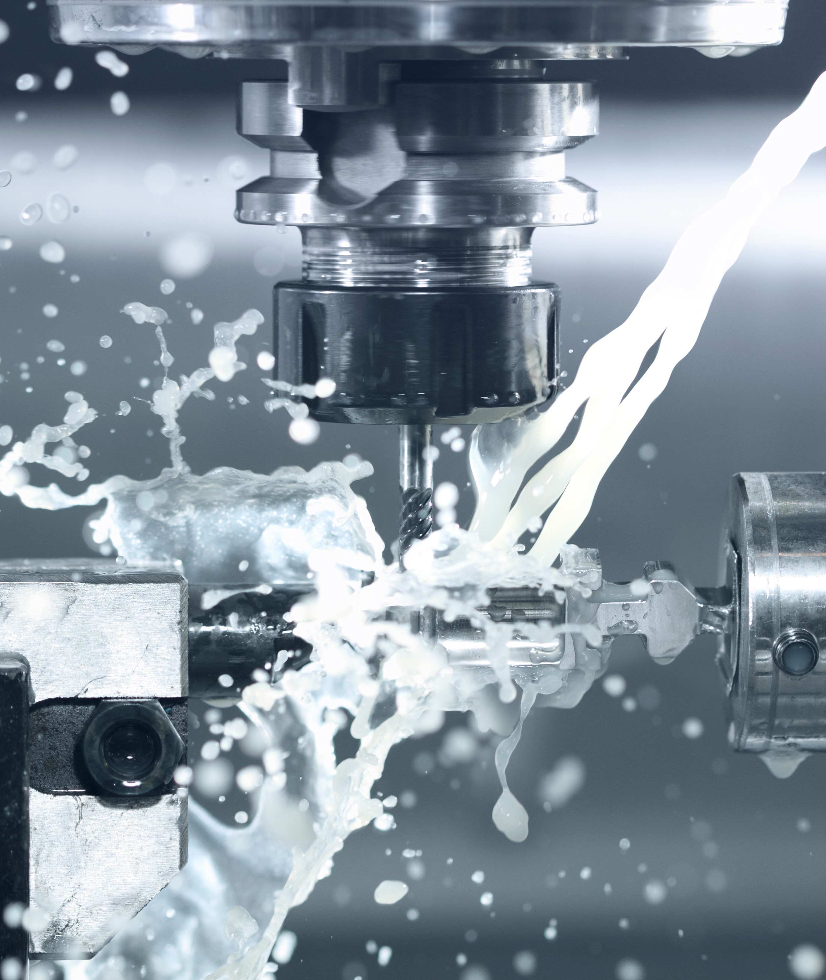 CNC-milling-at-work-154368811_4900x3267